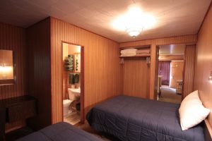 Miette Hot Springs Bungalows bedroom